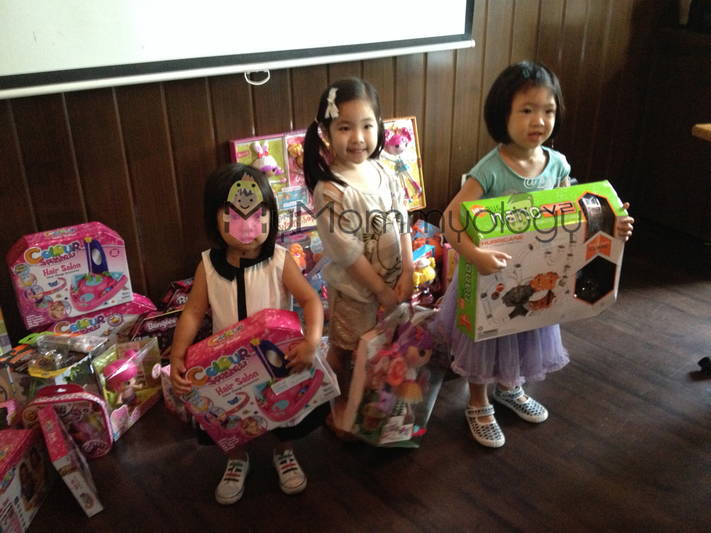 Our winning children and their happy loot! :)